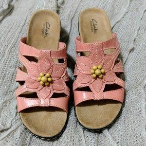 Clarks Coral colored Lexi Myrtle sandals